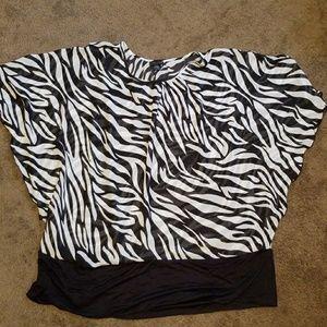 ♡2 for $15♡ Pat Rego zebra print Top
